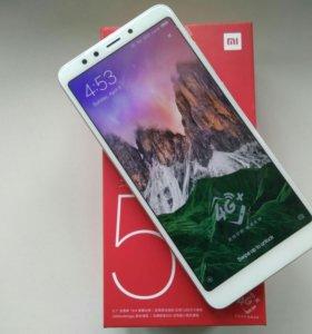 Xiaomi Redmi 5 (3/32, Gold), новый