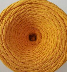 Качественная горчичного цвета трикотажная пряжа