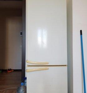 Холодильник атлант не работает