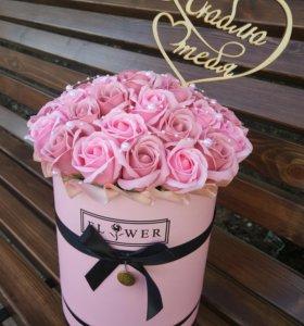 Букет из неувядающих роз на мыльной основе