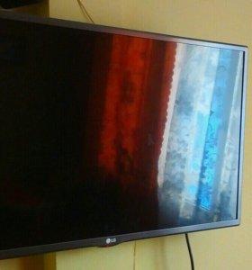 Телевизор LG 81 см.