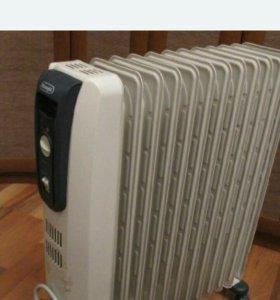 Масляный радиатор Делонги