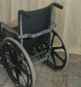 Инвалидное советское кресло