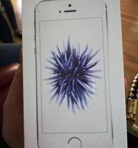 Продам iPhone SE