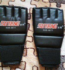 Перчатки для рукопашного боя из искусственной кожи