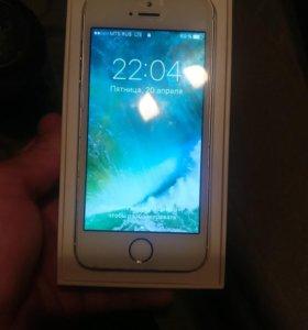 Айфон 5S Gold 16 gb