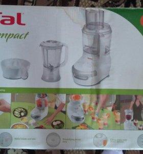 Кухонный комбайн Tefal FP 4111