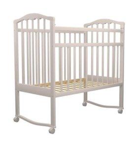 Детская кроватка ( бортики в подарок)