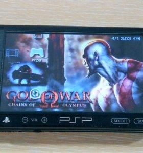Игровая приставка PSP sony (2 игры GTA,GOD of WAR)