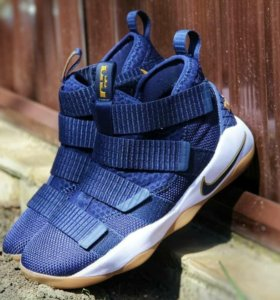 Lebron Soldiers 11