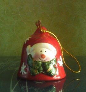 глиняная новогодняя игрушка колокольчик