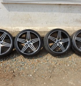 Продам офигенный комплект колес AMG!