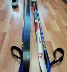 Беговые лыжи в комплекте