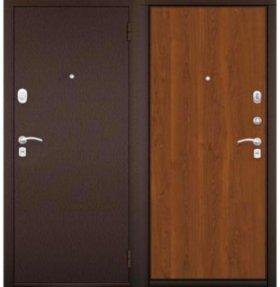 Б/у стальная дверь (сталь 2 мм)