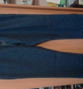 LEVI STRAUSS&CO новые джинсы (немецкие фирменные)