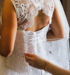 Свадебное платье,продам на миниатюрную девушку