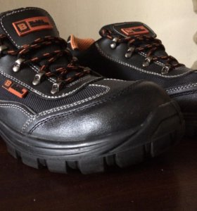 Английские ботинки из натуральной кожи.