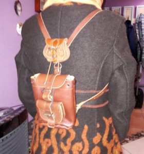Рюкзак +кошелек+пальто. Кожа + шерсть .Италия