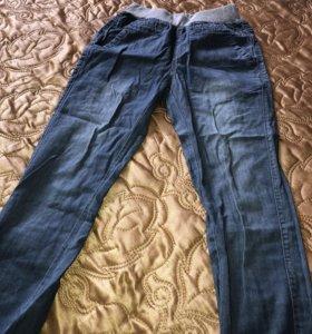 Летние легкие джинсы на рост 128