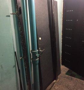 Дверь б/у металическая размер 2000/80