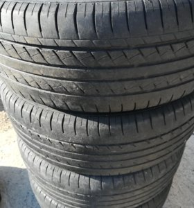 Комплект летних шин r16 , износ 60-70%