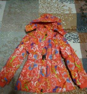 Курточка на девочку,весна-осень.