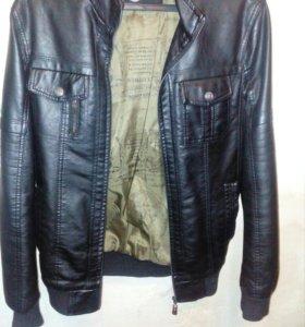 Мужская Кожаная куртка 46 размер