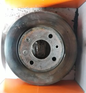 Тормозной диск на Ваз r13 ,износ 1-2 мм. 2 шт.