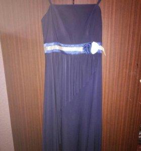 Новое платье.Торг уместен