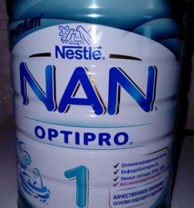 Сухая молочная смесь NAN 1
