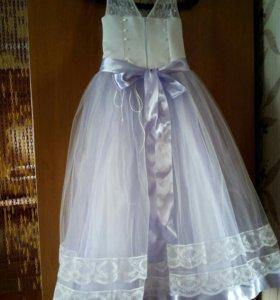 Выпускное платье новое.