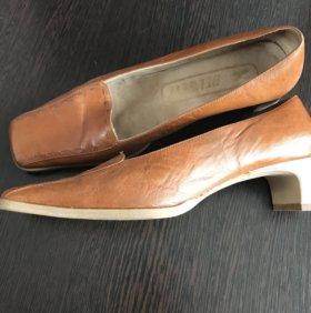 Женские кожаные туфли belwest