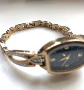 Часы Соло позолота с родированием б/у