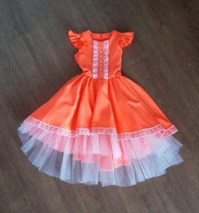 Платье нарядное. На 7-9 лет. Сшито на заказ.
