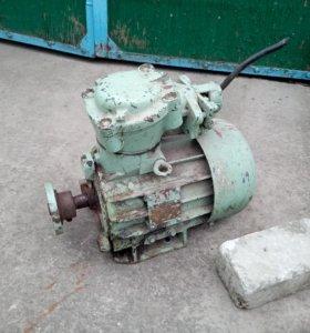 Продаётся электродвигатель