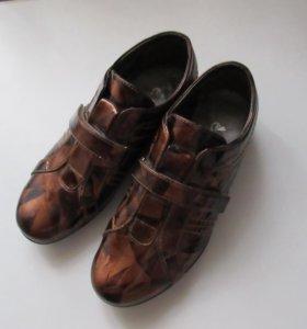 Туфли 38 р-р.