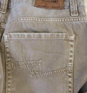 Продам мужские джинсы COLIN'S