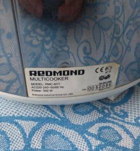 Мультиварка Redmond RMC-M11