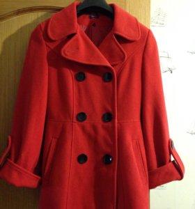 Пальто демисезон 46