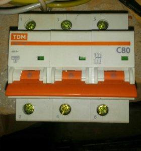 Автоматический выключатель на 80А