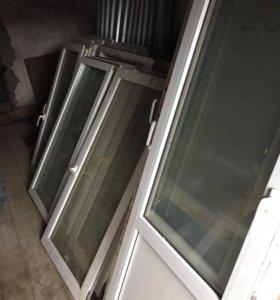 Пластиковые двери б/у. Есть створки от окон