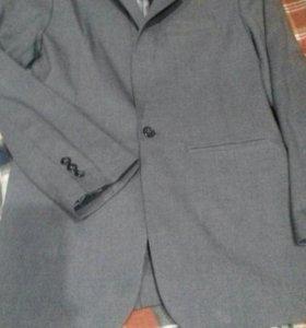 Пиджак для подростка.