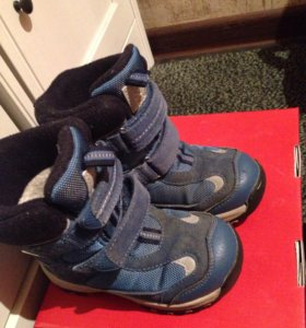 Ботинки reima оригинал  25 размер
