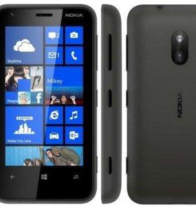 Смартфон Nokia 620