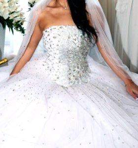 Шикарное свадебное платье! 💍✨