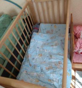 Кровать маятник с матрасом и наматрасник