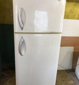 Холодильник LG