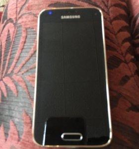 Продам телефон Самсунг Галакси 5smini