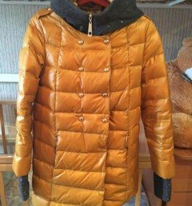 Куртка осень, весна, тёплая зима.