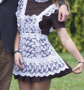 Школьное платье с фартуком(в идеальном состоянии)